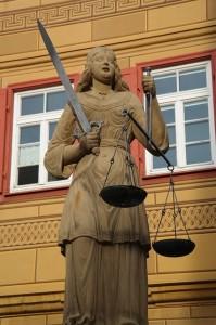 justizia-141531_640